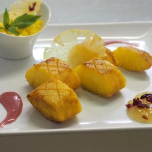 ananas roti et frais