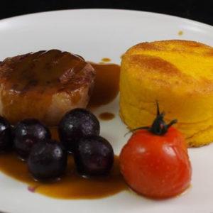Filet de canard aux raisins rôtis et sa polenta