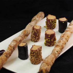 Maki de foie gras et magret fumé, gressins maison