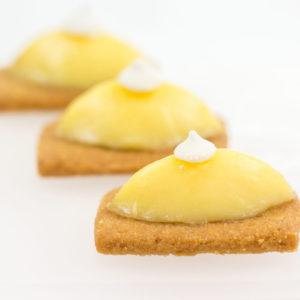 Quenelle de citron meringuée