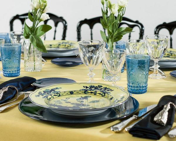 Assiette Toscane sur table