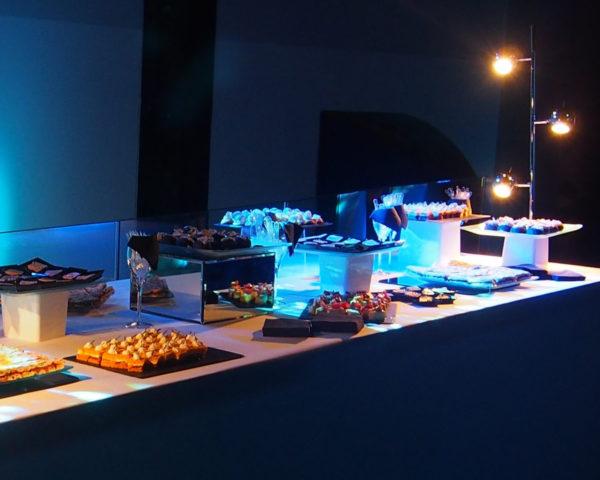 éclairage bleu pour table